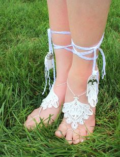 Tutorials   Urban Threads: Unique and Awesome Embroidery Designs Crochet Barefoot Sandals, Barefoot Shoes, Beach Wedding Shoes, Urban Threads, Diy Clothing, Clothing Apparel, Shoe Clips, Bare Foot Sandals, Machine Embroidery