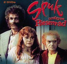 Spuk unterm Riesenrad war eine siebenteilige Kinderserie von C. U. Wiesner und Günter Meyer, die ab Neujahr 1979 im DDR-Fernsehen lief und nach großem Erfolg zu einem zweiteiligen Kinofilm (Teil 1: Die Ausreißer, Teil 2: Eine Burg in Gefahr) zusammengeschnitten wurde. Dieser lief regelmäßig in DDR-Kinos im Kinderprogramm und wurde auch in der Bundesrepublik Deutschland ausgestrahlt.