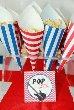 One Direction Birthday Party Ideas 1 Direction birthday party POPcorn! See more party planning at Ca Music Theme Birthday, Dance Party Birthday, Music Themed Parties, Music Party, 6th Birthday Parties, Karaoke Party, 10th Birthday, Birthday Ideas, Rockstar Party