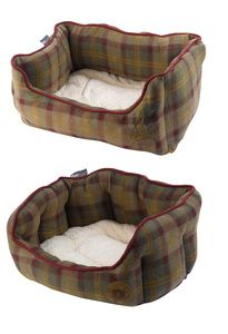 Pet Face Luxury Country Check Dog & Puppy Bed (Various Sizes)