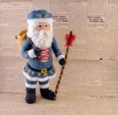 Aiguille feutre bleu Santa Claus  One-of-a-kind par McBrideHouse