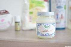 Le déo miracle existe et vous pouvez le préparer en 5 minutes avec peu d'ingrédients et d'ustensiles ! Découvrez vite la recette pour éliminer TOUTE ODEUR ! Homemade Beauty, Diy Beauty, Beauty Hacks, Deodorant, Obey Your Body, Natural Beauty Recipes, Homemade Cosmetics, Healthy Beauty, Few Ingredients