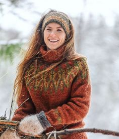 Obtain wonderful tips on Cruise Vacation Norwegian Spirit. They are on call for you on our site. Fair Isle Knitting Patterns, Knitting Blogs, Pullover Outfit, Icelandic Sweaters, Nordic Sweater, Scandinavian Fashion, Pakistani Dress Design, Handmade Clothes, Look Fashion
