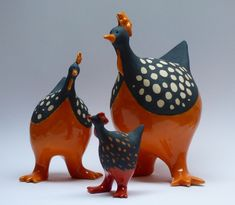 Keramiek etcetera; Clay Birds, Ceramic Art, Cement, Art Dolls, Ceramics, Hens, Paper Mache, Animaux, Clay
