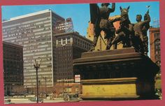 Cleveland Ohio OH Across Public Square Union Commerce Bank Monument postcard
