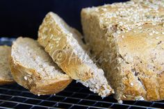 Terapia do Tacho: Pão de forma meio integral com sementes (Whole wheat bread with seeds) - Celebrating #WorldBreadDay