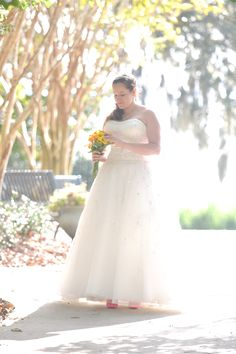 Wedding photography idea: overexpose to compensate for backlighting
