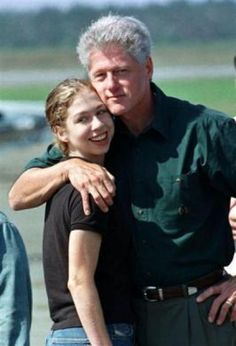 Young chelsea Clinton | young Chelsea with her father, President Bill Clinton.