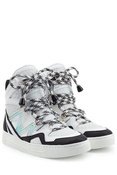 #Marc by #Marc #Jacobs #High #> #Top #> #Sneakers aus #Leder und #Mesh #> #Weiß für #Damen - High Heels gönnen sich einen Moment Pause  >  High > Tops aus schwarzweißem Leder und Mesh machen jetzt das Styling > Rennen! Hier von Marc by Marc Jacobs  >  Leder in Schwarzweiß, Mesh in Weiß, runde Zehenkappe, Schnürung  >  Innensohle aus Leder, Gummilaufsohle  >  Mixen wir mit Sweatpants aus Kaschmir oder einer Lederhose und einem Statement > Pullover