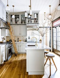 Modern Kitchen 70 Stunning Modern Apartment Kitchen Decor Ideas and Remodel Small Apartment Kitchen, Condo Kitchen, Ranch Kitchen, Narrow Kitchen, Kitchen Sinks, Ikea Kitchen, Galley Kitchen Remodel, Kitchen Remodeling, Basement Renovations