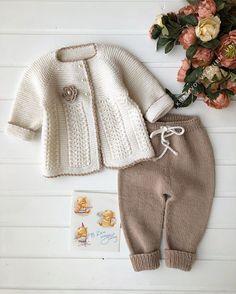 Knitted Baby Cardigan, Baby Knitting, Winter Hats, Instagram, Fashion, Clothing, Moda, Fashion Styles, Baby Knits
