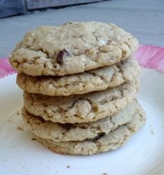 whole wheat chocolate chip oatmeal cookies, trying these tonight. Adding flax seeds of course! :)