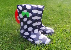 Girls Kids Fashion Navy and White Spot Wellies Wellington Boots with Bow Design