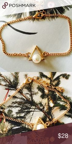 ❗️1 LEFT TOPSHOP Triangle Pearl Bracelet ❗️TOPSHOP Triangle Pearl Bracelet. New. Feel free to make an offer! I consider all reasonable offers on items & give great bundle deals! Winter cleanout sale ;-) Topshop Jewelry Bracelets