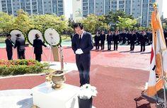 목포시, 제56주년 4.19혁명 기념비 참배 행사 거행