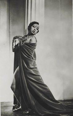 Josephine Baker in En Super Folies, 1937