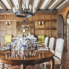 A Design Team Revives A 1930s Hillsborough Residence