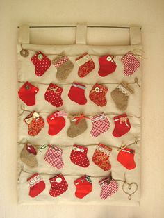 advent calendar - mini stockings - Gifts 4 Others ~ Christmas Patchwork, Christmas Sewing, Christmas Holidays, Advent Calenders, Christmas Projects, Christmas Crafts, Mini Stockings, Xmax, Arts And Crafts