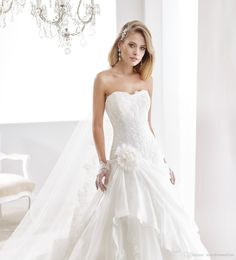 Dresses With Sleeves 2016 Strapless Wedding Dresses With Free Veil By Nicole Spose Flowers Appliqued Organza And Tulle Ball Gown Bridal Gowns Chapel Train Huge Ball Gown Wedding Dress From Nicedressonline, $187.65| Dhgate.Com