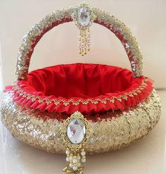 Indian Wedding Gift Decoration : Indian Wedding on Pinterest Trousseau Packing, Gift Packaging and ...