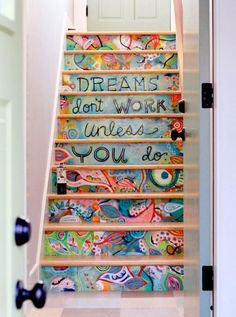 8 Creative Ways to Decorate Your Stairs
