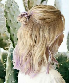 15 Pictures of Mid Length Hairstyles 2019 That Will Inspire You to Get Ombre Hair This Year Hair Tips Dyed Purple, Hair Dye Tips, Lilac Hair, Ombre Hair Color, Dyed Hair, Lavender Hair Tips, Pastel Hair Tips, Ombre Bob, Colorful Hair