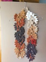 scarve Crochet Accessories, 4th Of July Wreath, Wreaths, Home Decor, Decoration Home, Door Wreaths, Room Decor, Deco Mesh Wreaths, Home Interior Design