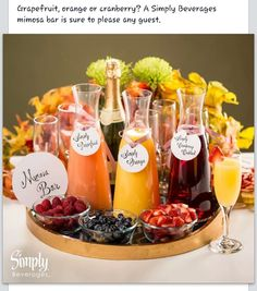 Make A Low Carb Mimosa Perfect For Brunch Enjoy all the flavor of a classic mimosa, without all the carbs! Check out this delicious low carb mimosa-perfect for Brunch-with only two ingredients! Champagne Brunch, Brunch Drinks, Mimosa Brunch, Cocktails, Brunch Party Foods, Brunch Party Decorations, Brunch Punch, Brunch Appetizers, Easter Appetizers