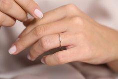 Diamond 3 Stones with Gold 14K    #jewelry #gold #ring #jewellery #engagementring #love #fashion #diamonds #weddingring #silver #diamond #earrings #jewelrygram #wedding #finejewelry #style #diamondring #bling #accessories #handmade #jewels #engaged #moissanite #engagementrings #moissy #jewelryaddict #necklace #diamondalternative #engagement #organicring Diamond Alternatives, Rose Gold Color, Silver Rings, Gold Ring, Colored Diamonds, Round Diamonds, Diamond Cuts, Cool Designs, Finger