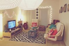i wish i had a massive room for space to be able to create a living space <3 hopes for the future i guess!