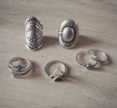"""137 Me gusta, 11 comentarios - Ave - Accesorios (@soy_ave) en Instagram: """"Amamos los anillos! Se vienen muchos modelos nuevos! Consultá por zonas de entrega sin cargo!…"""" Silver Rings, Earrings, Jewelry, Instagram, Fashion, Templates, Rings, Accessories, Ear Rings"""