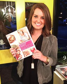 Christmas shopping for a foodie this year? Chelsey's gift pick tonight will be perfect for the cooks on your list! We love the new @giadadelaurentiis cookbook Happy Cooking! Want one? Comment sold with your email and the state we're shipping to. {$40 includes shipping} #tfssi #stsimons #seaisland #Christmas2015 #tfgirlsfavoritethings #holidayshopping