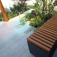 Bradstone Smooth Natural Sandstone gives your garden the best of both worlds. Firstly, there are all the beautiful colour and veining variations of sandstone that make every patio unique and individual in appearance. Bradstone Paving, Concrete Paving, Grey Paving, Paving Stones, Urban Garden Design, Small Garden Design, Landscaping With Rocks, Modern Landscaping, Landscaping Ideas
