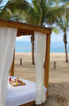 Need the perfect excuse not to get out of bed all day? Fiesta Americana Puerto Vallarta has you covered!