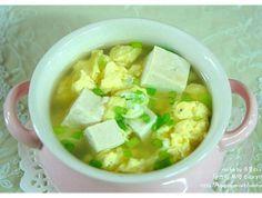 [두부달걀국] 아침에 먹기 좋은 부드러운 두부 달걀국 Korean Dishes, Korean Food, Lchf Diet Plan, Easy Cooking, Cooking Recipes, K Food, Asian Recipes, Ethnic Recipes, Food Design