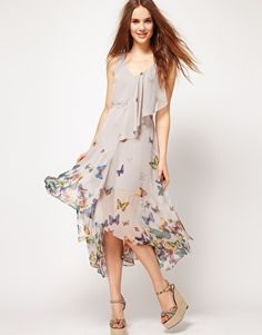 The perfect dress to celebrate the short spring/summer season in Edmonton, AB.