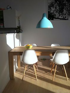 eames and blue pendant. sigh....
