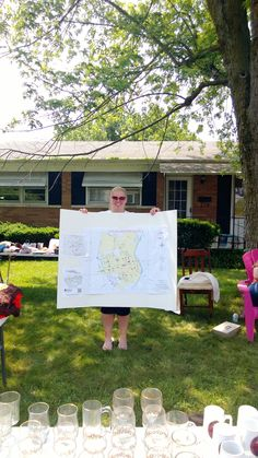 The improved travelling map on McKell Ave.