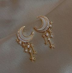 Present, Parties, Outings, Photos and many more... Due to Covid19, only express delivery is possible. Please understand. Ear Jewelry, Cute Jewelry, Jewelery, Jewelry Accessories, Jewelry Design, Moon Jewelry, Stylish Jewelry, Fashion Jewelry, Unique Jewelry