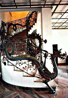 Ok this is just incredible.  How do I get on in my house? - Dragon Staircase