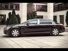 So we present a 2018 Mercedes Maybach S600 Test Drive. In this video I will Show you Whats Inside of the World's MOST Luxurious vehicle looks like. Let me know what you guys think below. Hope you guys enjoy!  New Cars / New Cars 2017 / Upcoming Cars / Luxury Cars / Cars 2017 / Top Cars / Best Car  Subscribe to NEW CARS TV:    https://www.youtube.com/c/NewCarsTV    https://www.facebook.com/NewCarsTV    https://twitter.com/newcarstoday    https://newcarstv.blogspot.com