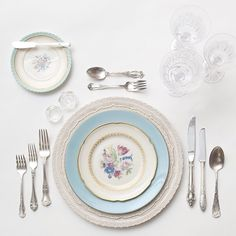 White Lace Chargers + Hand-Picked Botanicals Collection Vintage China + Antique Silver Flatware + Czech Crystal/Coupe Trios + Antique Crystal Salt Cellars | Casa de Perrin Design Presentation