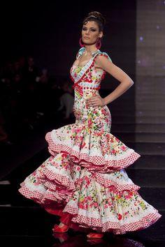 Flamenco Fashion by Cañavate. 2010