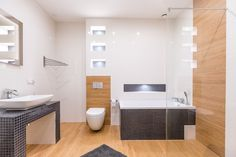 Alcove, Alcove Bathtub, Bathroom, Toilet, Bathtub