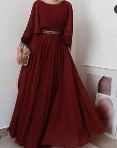 Muslim Fashion, Hijab Fashion, Fashion Dresses, Modest Outfits, Stylish Outfits, Engagement Dresses, Muslim Dress, Dress Sewing Patterns, Fashion Sewing
