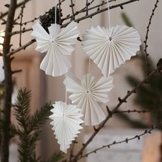 paper hearts and angels Origami Christmas Ornament, Christmas Tree Ornaments, Christmas Makes, Noel Christmas, Minimal Christmas, Christmas Arts And Crafts, Angel Crafts, Xmas Decorations, Christmas Inspiration
