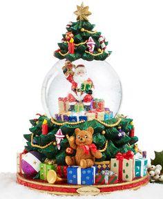 Christopher Radko Splendid Santa's Tree Snow Globe