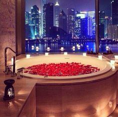 Romantic Bath ❤️