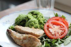 Mitt absolut godaste recept på broccolimos | Superfoods, Avocado Toast, Clean Eating, Curry, Low Carb, Broccoli, Tasty, Snacks, Vegetables
