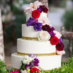 Wedding Cakes With Cupcakes Red Purple Ideas Purple Wedding Cakes, Wedding Cake Photos, Pink And Gold Wedding, Amazing Wedding Cakes, Wedding Cakes With Cupcakes, Wedding Cake Decorations, Wedding Cake Toppers, Amazing Cakes, Wedding Colors